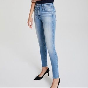 AG Farrah Skinny Ankle Jean in light wash Sz 27